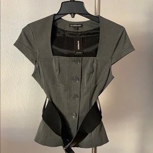Express belted top
